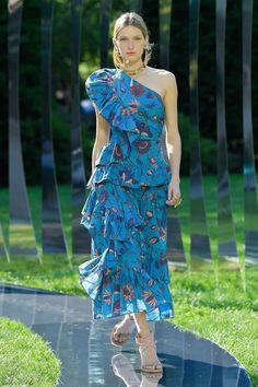 New York Fashion, Fashion News, Fashion Beauty, Fashion Show, Fashion Looks, Fashion Design, Brooklyn, Streetwear, Event Dresses