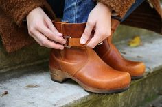 Sanita Classic low biker clog boot in antique finish leather 452330