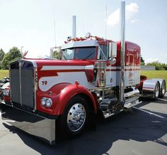 Vintage Trucks Classic Semitrckn — Kenworth custom EX - Big Rig Trucks, Semi Trucks, Lifted Trucks, Cool Trucks, Pickup Trucks, Lifted Ford, 6x6 Truck, Small Trucks, Ford 4x4