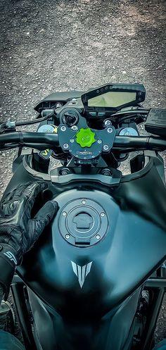 Hd 883 Iron, Motos Yamaha, Motors, Bike, Wallpapers, Cars, Vehicles, Design, Street Bikes