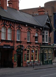 The Queen's Arms pub, Newhall Street, Birmingham.