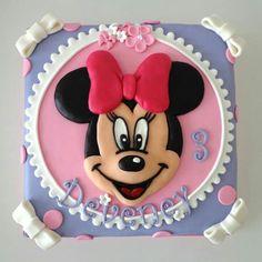 Mini mouse cake:-)