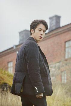 Jungkook is working in a Real Estate company. Working hard to be on t… Seokjin, Park Ji Min, Mnet Asian Music Awards, Foto Bts, Bts Photo, Bts Boys, Bts Bangtan Boy, K Pop, Jikook