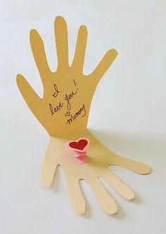 Blog Cantinho Alternativo: Cartão Em Forma de Mão Para a Mamãe