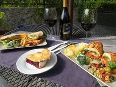 A wine country picnic feast from the Summit Store in the Santa Cruz Mountains.