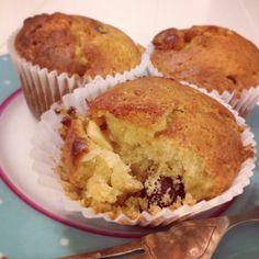 Raspberry & White Chocolate Muffins x