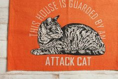 Best to warn guests about your very feisty attack cat. #catober