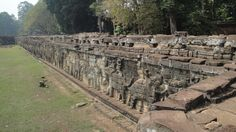 Incredible, surprising, Angkor Wat - Peace, quiet and power