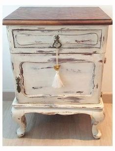 Refurbished Furniture, Repurposed Furniture, Shabby Chic Furniture, Shabby Chic Decor, Vintage Furniture, Chalk Paint Furniture, New Furniture, Furniture Projects, Furniture Makeover