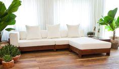Sofás e Poltronas - Madeira de Demolição Wooden Sofa Designs, Sofa Furniture, Wooden Sofa, Sofa Design, Home Furniture, Sectional Sofas Living Room, Living Room Sofa Design, Sofa Bed Design, Oak Sofa