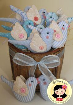 Fabric or Felt birds. Bird Crafts, Cute Crafts, Felt Crafts, Easter Crafts, Fabric Crafts, Christmas Crafts, Sewing Toys, Sewing Crafts, Sewing Projects