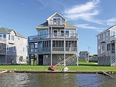 Island+Gale:+4+BR+/+2.2+BA+four+bedroom+house+in+Avon,+Sleeps+8+++Vacation Rental in Cape Hatteras from @homeaway! #vacation #rental #travel #homeaway