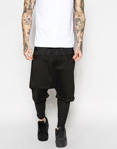 ASOS - Pantaloncini oversize con doppia fascia in vita e meggings