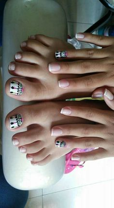 Uñas Feet Nail Design, Toe Nail Designs, Love Nails, Pretty Nails, My Nails, Western Nails, Hello Nails, Happy Nails, Feet Nails
