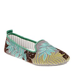 Acorn Novella Slippers :: House :: Shop now with FootSmart