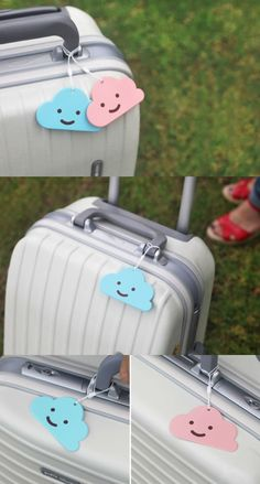 The Smile Cloud Name Tag is a useful name tag for your luggage as well as an adorable decorative item. It is sure to help you to distinguish your luggage at the airport and keep your luggage from being lost. You can also use it every day by attaching it your bag, backpack, and many others!