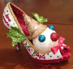 Confessions of a glitter addict: Jingle, jangle,jingle... here comes Mr. Bingle! 2015 Mr. Bingle Muses Shoe