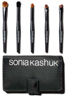 Sonia Kashuk Essential Eye Kit $11 : This is glamour on the go! Everything you need to line, define, blend, contour and smudge! Contains a medium eye shadow brush, crease eye shadow brush, synthetic eye brush, smudge brush, angled eye brush and case with mirror.
