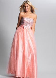 OMG the color and the bow! So cute I can't handle it!@#124 #rissyroosprom #socute #prom #dress