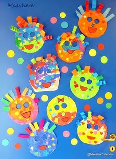 Maestra Caterina: Carnevale Información sobre Maestra Caterina: Carnevale Pin S . - Maestra Caterina: Carnevale Acerca de Maestra Caterina: Carnevale Pin Puedes usar fácilmente mi per - Kids Crafts, Clown Crafts, Carnival Crafts, Diy And Crafts, Arts And Crafts, Mardi Gras Photos, Mardi Gras Outlet, Mardi Gras Centerpieces, Some Cards