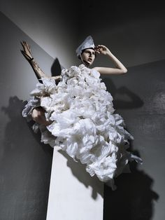 ASHBURN ENG - Ashburn is a fashion creative/conceptual fashion stylist based in Singapore.