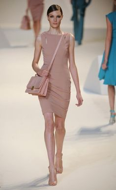 Elie Saab slim line dusky pink dress