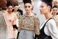 La sfilata Prêt-à-Porter Fall-winter 2016/17 Haute Couture sul sito ufficiale CHANEL