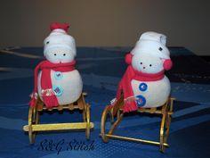 Liebevoll und Verschieden dekorierte Schneemänner :-)