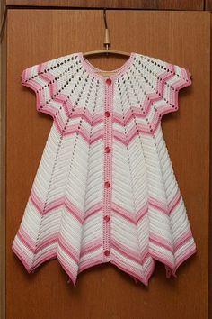 sukienka szydełkowa dla dziewczynki  03 Crochet Dress Girl, Crochet Baby Dress Pattern, Baby Dress Patterns, Baby Girl Crochet, Crochet Baby Clothes, Baby Knitting Patterns, Baby Dress Tutorials, Romper With Skirt, Knitted Romper