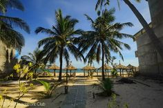 Suoi Tre Guest House is one the east part of Mui Ne beach close to the fishing village where the beach is wide and sandy, with coconut palms swaying over the sand. Our rooms are simple but clean and comfortable.  # http://thebeachfrontclub.com/beach-hotel/asia/vietnam/mui-ne/phan-thiet-mui-ne-beach-east/suoi-tre-guest-house/