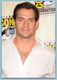 Henry Cavill at Comic Con San Diego CA  2014 http://www.henry-cavill-czech-fanclub.cz/news/henry-cavill-at-comic-con-2014-/