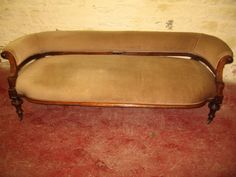 Victorian walnut low chaise longue sofa