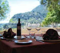 Cena romántica y spa en el Hotel Villa Turística de Grazalema http://www.chollovacaciones.com/CHOLLOCNT/ES/chollo-hotel-villa-de-grazalema-oferta-cadiz.html