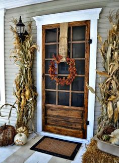 Use corn stalks and bales of hay to deck out your doorway.