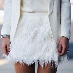 White Plain Zipper Fashion Skirt
