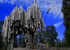 Памятник композитору Яну Сибелиусу, #Хельсинки, Финляндия.Памятник Яну Сибелиусу это отличный пример современного абстрактного искусства. Он состоит из 600 полых стальных труб, соединенных вместе для создания звуковой волны, похожей на часть произведения композитора