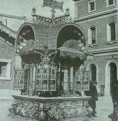 Badalona, quiosc Anís del Mono, obra de Puig i Cadafalch, va estar a l'Estació… Barcelona, Art Nouveau, Art Deco, Edwardian Era, Old City, Taj Mahal, Spain, Exterior, Black And White