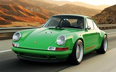 Singer Porsche 911. -- this could easily have been pinned to my art board. What a beauty!
