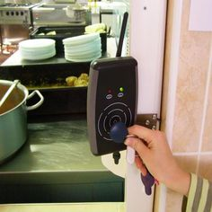 Toaster, Keurig, Coffee Maker, Kitchen Appliances, Coffee Maker Machine, Diy Kitchen Appliances, Coffee Percolator, Home Appliances, Toasters