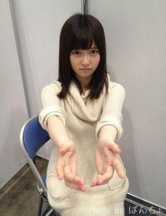 ちょw握手会の時のぱるるってこんな顔して待ってるのかwwwwwwwwwwww #島崎遥香 #AKB48 の画像 0
