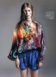 Louise Pederson by Marcin Tyszka & Paulo Macedo for Vogue Portugal 'Nómadas' Editorial - March 2010
