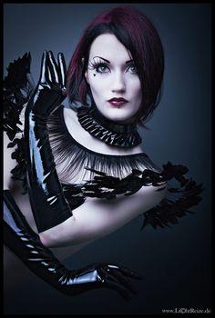 Striking goth fashion x