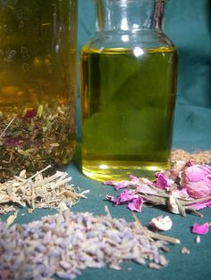 Up to 20 different organic dried herbs are infused in a blend for at least two weeks in the sun. Herbs such as rose petals, lavender, chamomile, white willow, valerian, chickweed, elderflower, yarrow, comfrey root, lady's mantle, horsetail, fennel, and witch hazel are chosen for their healing, anti-wrinkle, toning, imflamation or scar reduction or other properties.