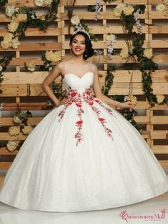 Quinceanera dresses, decorations, tiaras, favors, and supplies for your quinceanera! Many quinceanera dresses to choose from! Quinceanera packages and many accessories available! Mexican Quinceanera Dresses, Quinceanera Party, Quinceanera Decorations, Baptism Decorations, Xv Dresses, Prom Dresses, Wedding Dresses, Evening Dresses, Formal Dresses