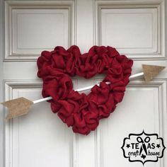 {Texas Craft House} Valentine's Burlap Heart Wreath