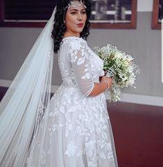 Kerala Bride, Lace Wedding, Wedding Dresses, Fashion, Bride Dresses, Moda, Bridal Gowns, Fashion Styles