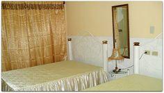 Detalle de una de las habitaciones. Cuba, Bed, Furniture, Home Decor, Barber, Live, Beach, Decoration Home, Stream Bed