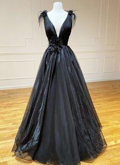 Black Evening Dresses, Black Prom Dresses, Formal Dresses, Dress Black, Long Dresses, Dress Long, V Neck Prom Dresses, Tulle Lace, Elegant