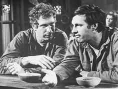 Wayne Rogers, who was Trapper John McIntyre in the long running series M*A*S*H* has died at age 82 in Los Angeles yesterday. Rogers died of complications from pneumonia. His publicist … More . Celebrity Deaths, Celebrity News, Alan Alda Mash, Wayne Rogers, Cute Rats, Popular Shows, Film Books, Moving Pictures, Best Tv Shows