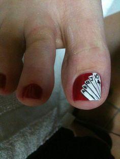 Vegas Nails - peeking out from my heels for good luck! #spcaoftexas #fabulousfurball